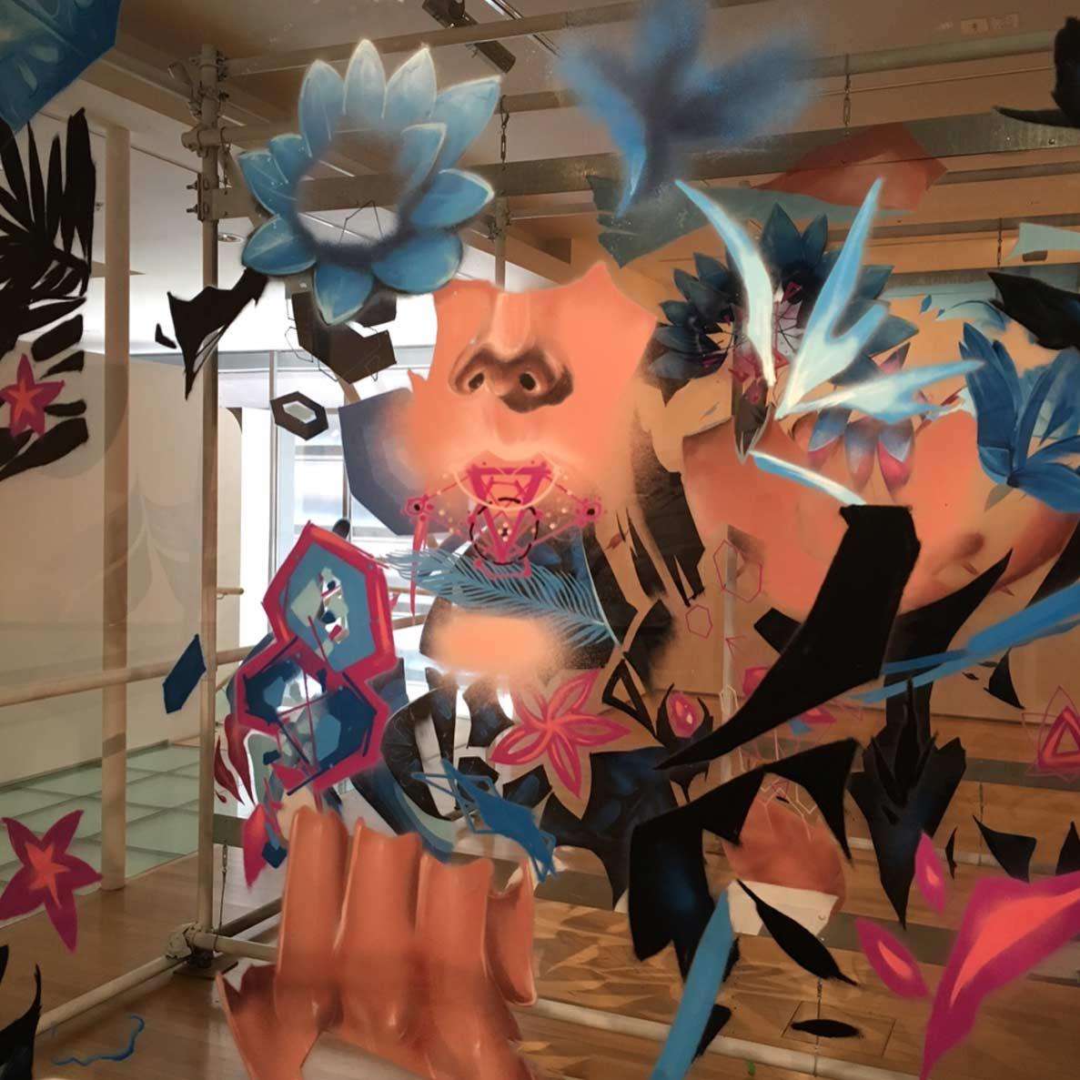 Graffitis auf mehreren Glasebenen sofles-multi-layer-artworks_02