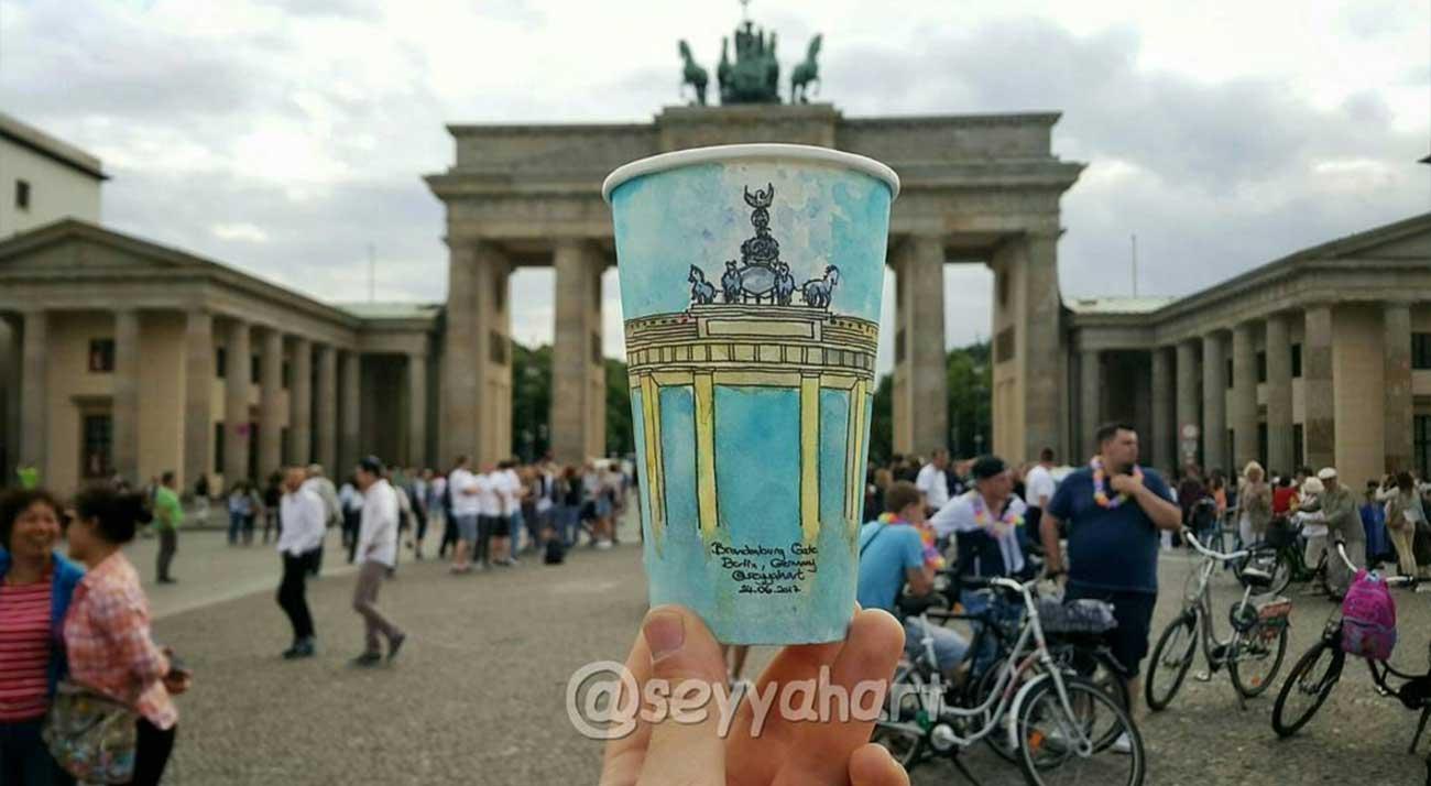 Reise-Erinnerungen auf Kaffeebechern festgehalten