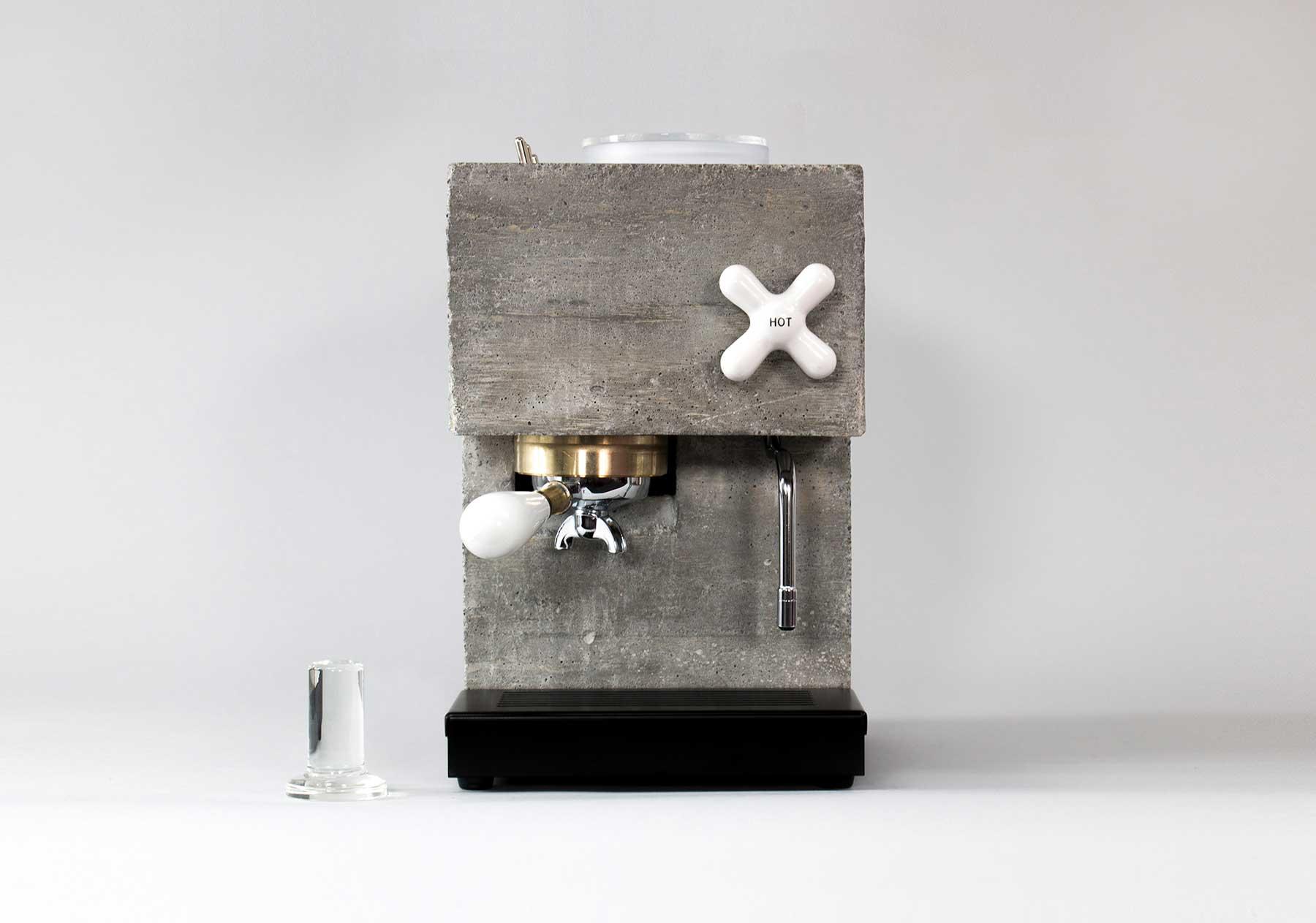 Kaffeemaschine aus Beton The-Anza-beton-kaffeemaschine_02