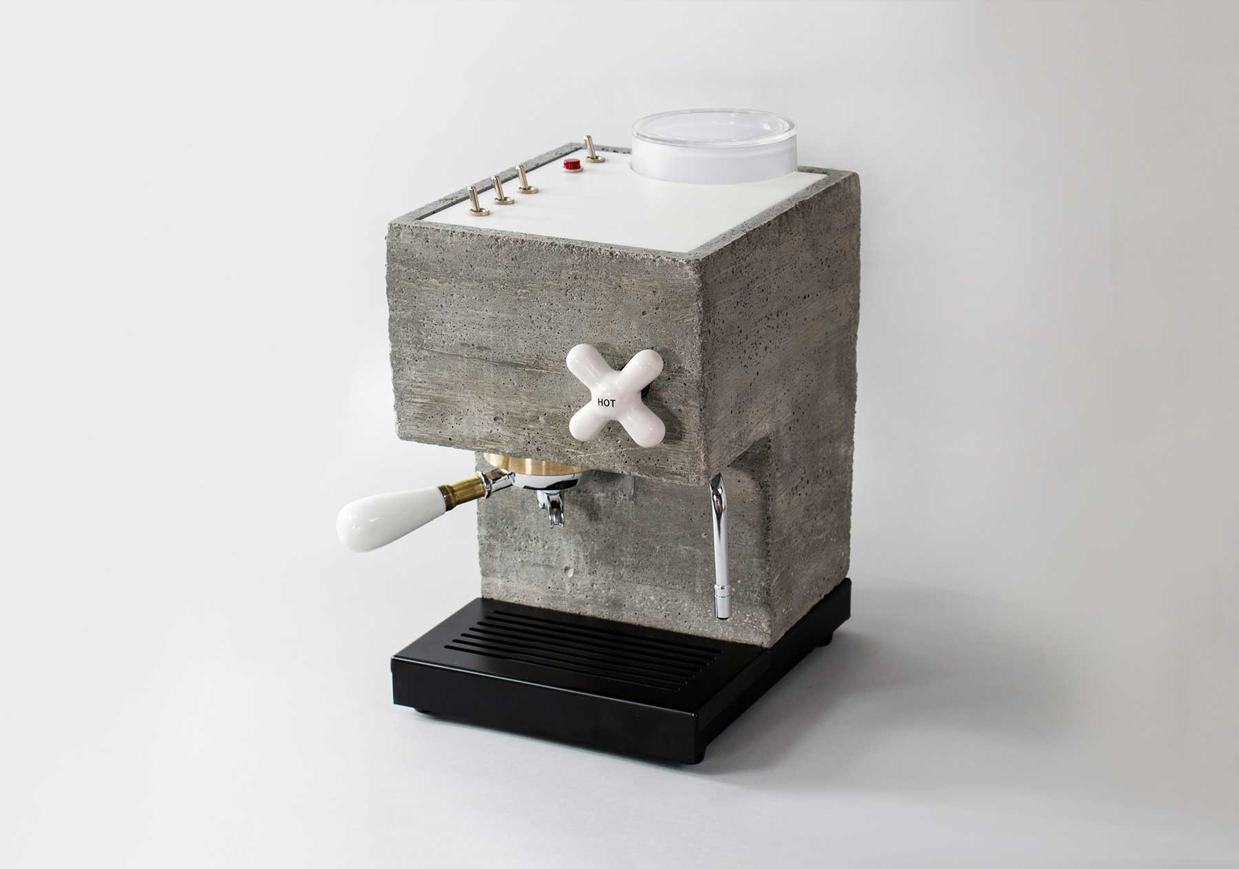 Kaffeemaschine aus Beton The-Anza-beton-kaffeemaschine_06