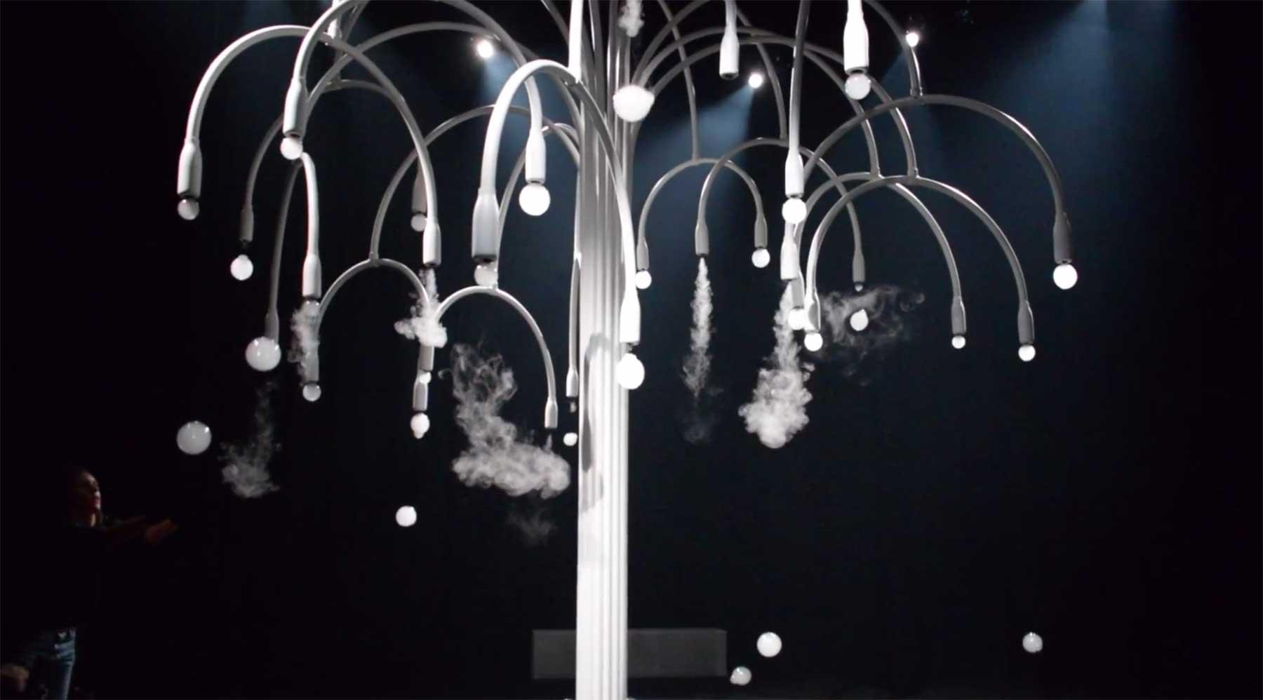 Rauchblasenfrüchte new-spring-installation-COS