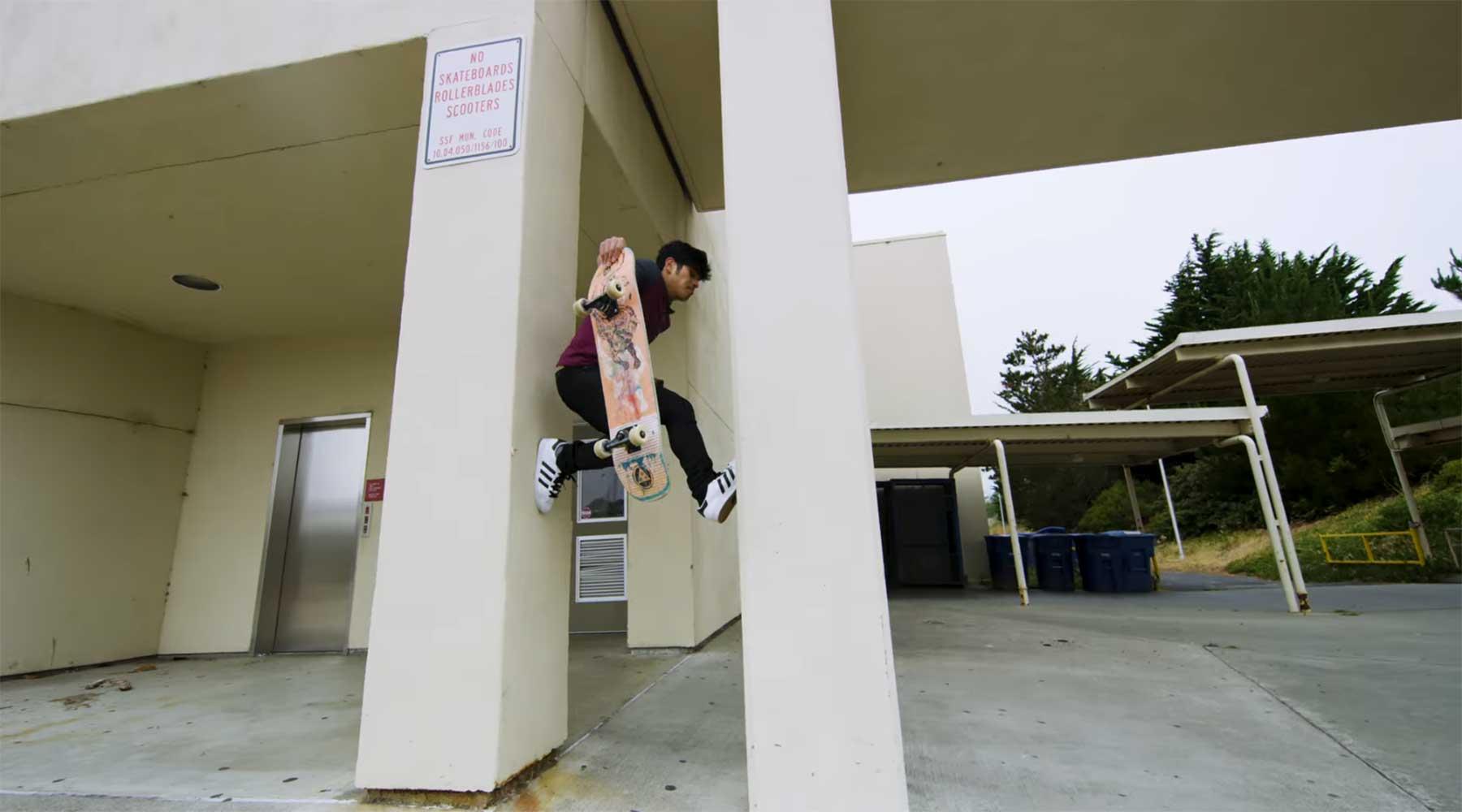 Skateboard Parkour