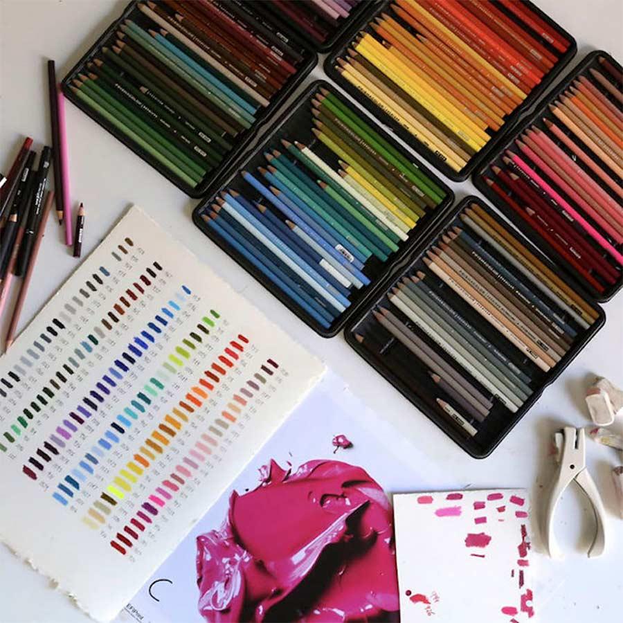 Ultrarealistisch Gezeichnete Farbkleckse CJ-Hendry-complementary-colors_06