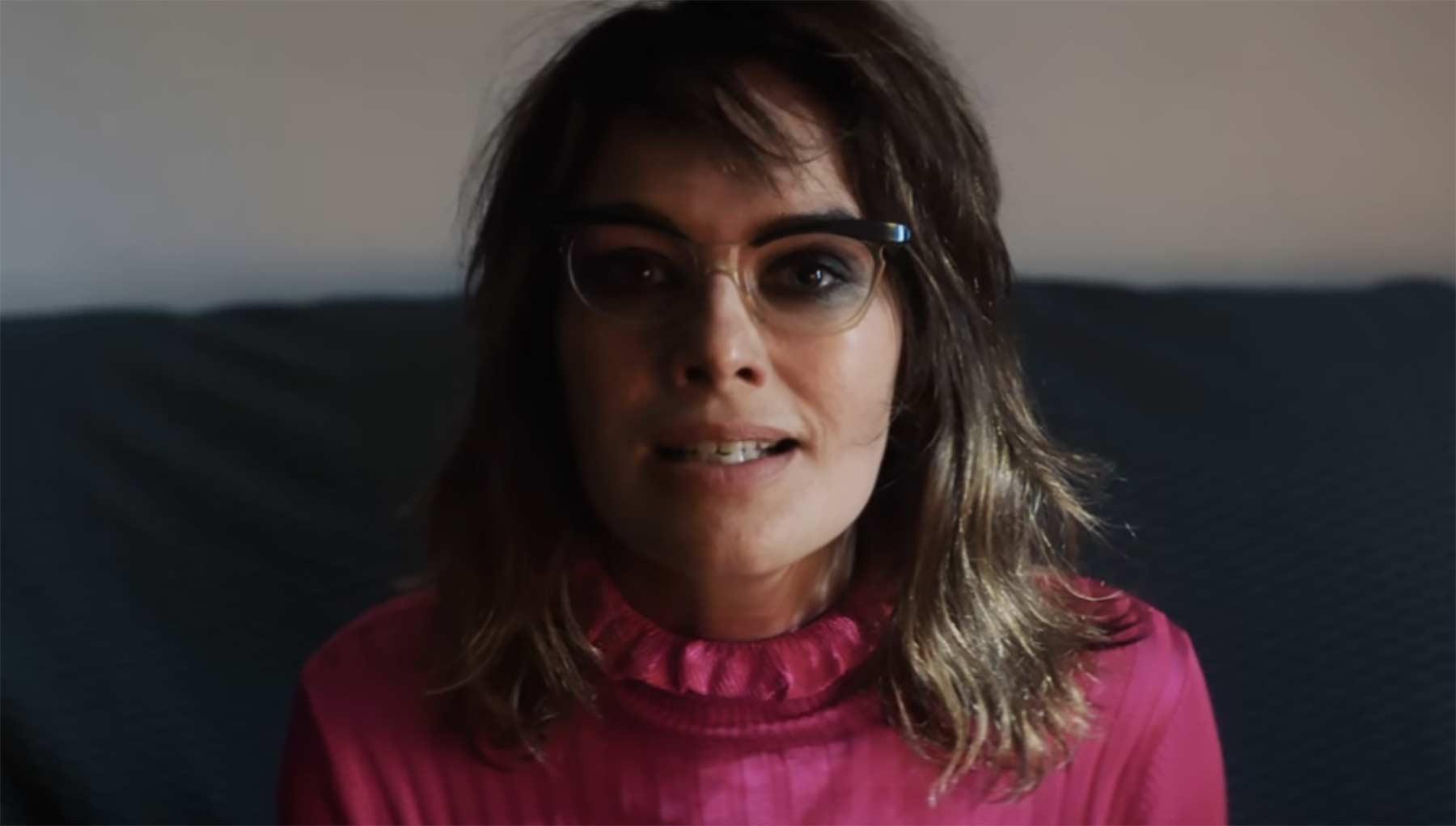 Im neuen Kasabian-Video spielt Lena Headey mit Kasabian_Ill-Ray-The-King_musikvideo