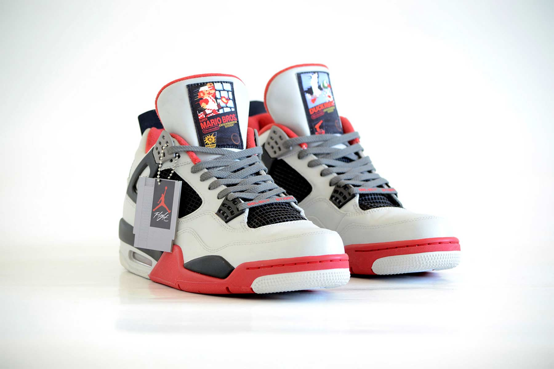 NES Sneakers air-jordan-nintendo_01