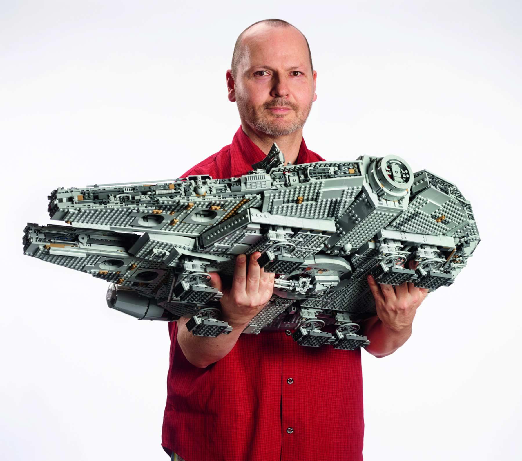 Dieser neue LEGO-Millennium Falcon kommt mit 7.541 Steinen LEGO-Millennium-Falcon-neu_07