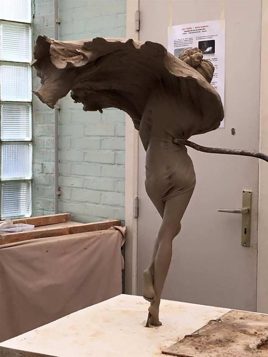 Fließend-weiche Skulpturen von Luo Li Rong Luo-Li-Rong_08