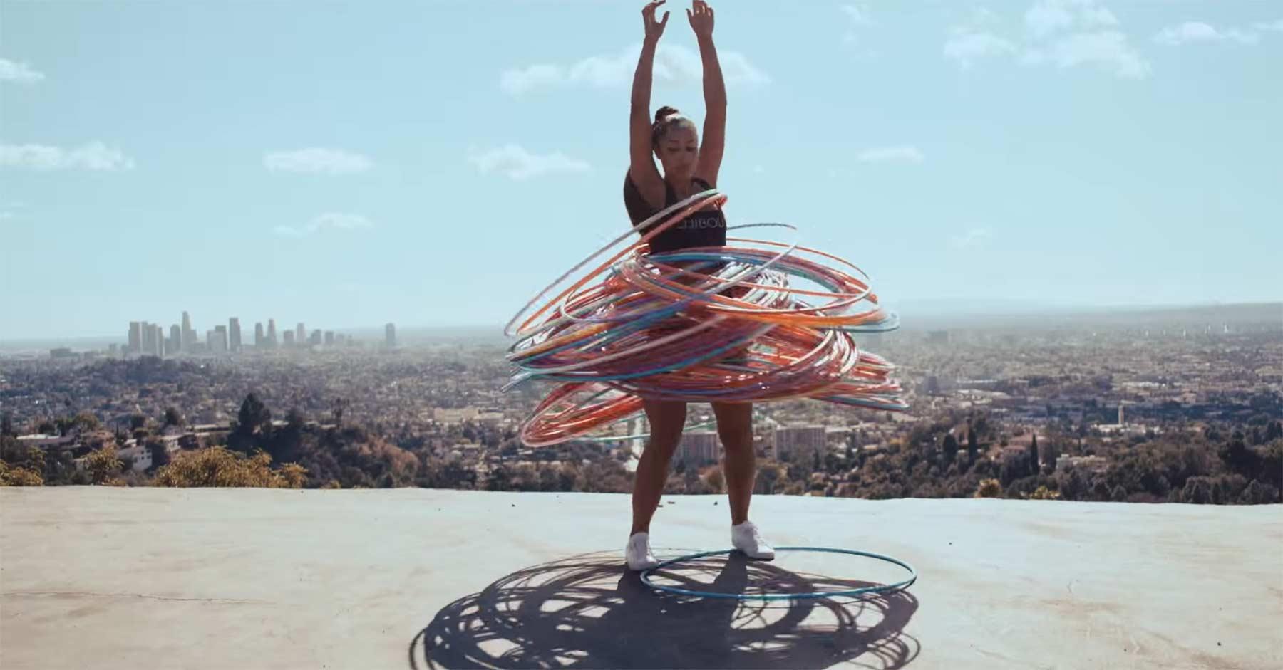 Hula-Hoop-Tanzen mit 160 Reifen