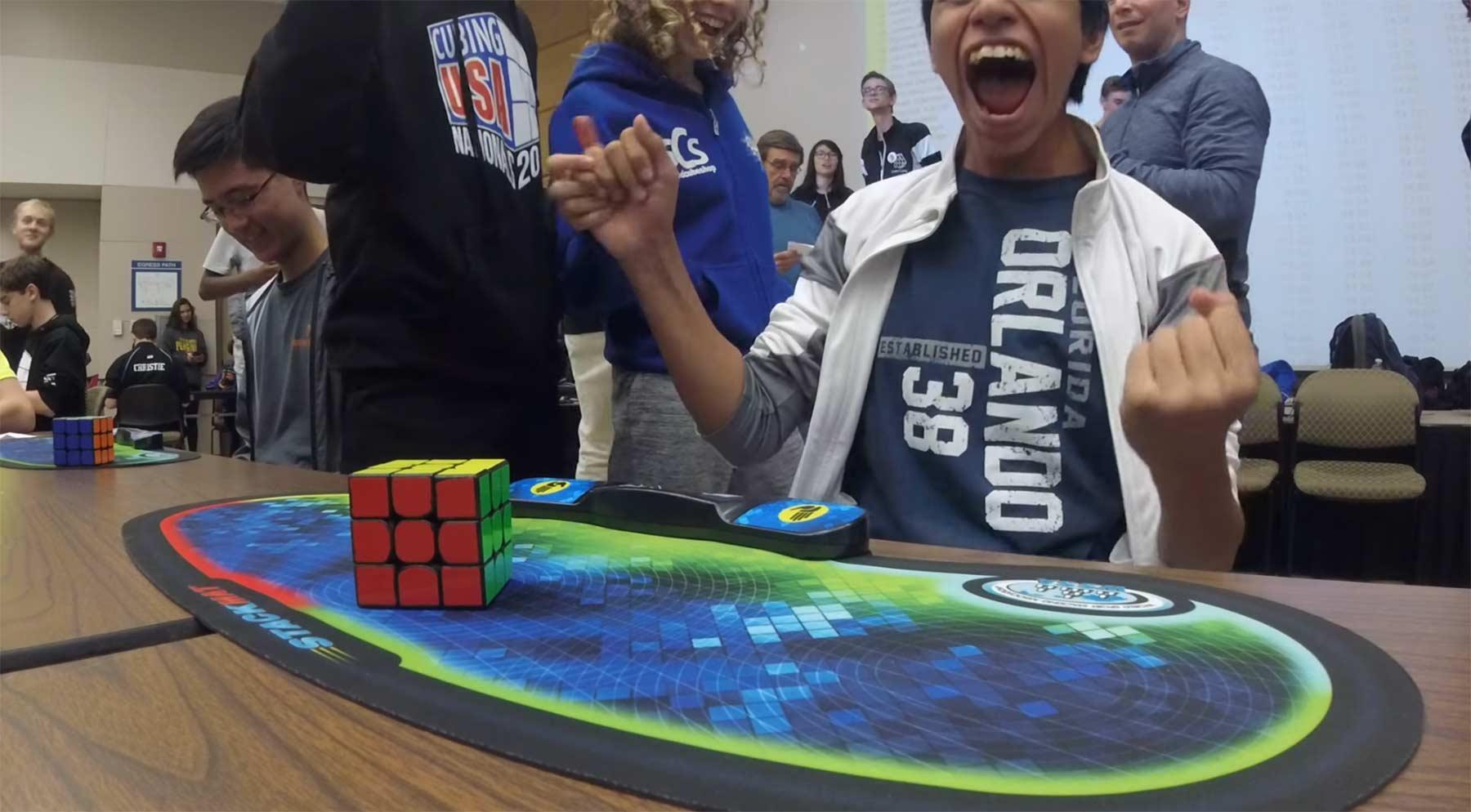 Weltrekord: Rubik's Cube in 4,69 Sekunden gelöst rubiks-cube-weltrekord