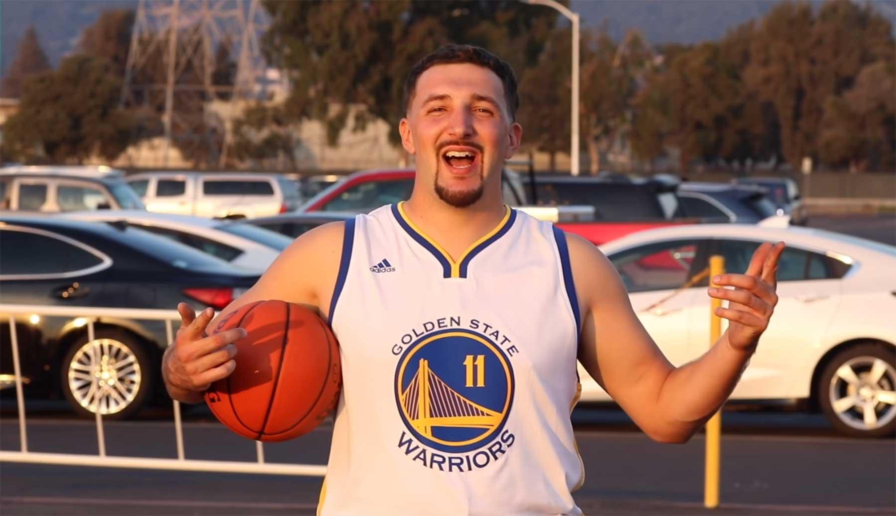 Als Spieler verkleidet in ein NBA-Spiel schmuggeln basketball-doppelgaenger