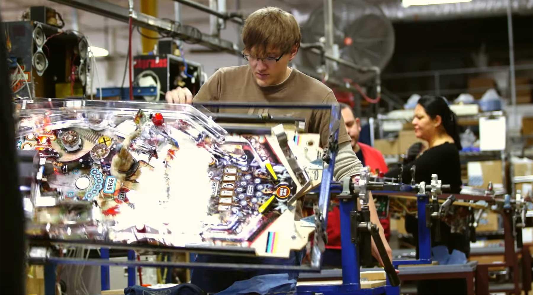 So wir deine Pinball-Maschine gebaut making-of-pinball-maschine
