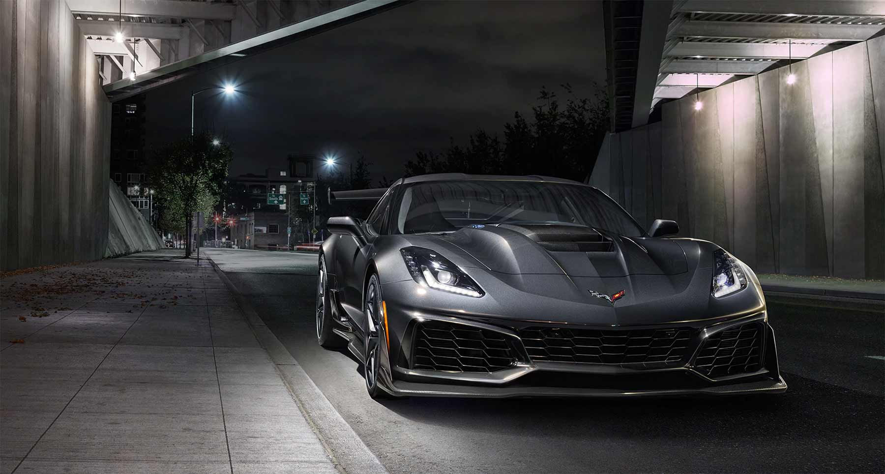 2019 Chevy Corvette ZR1 2019-Chevy-Corvette-ZR1_03