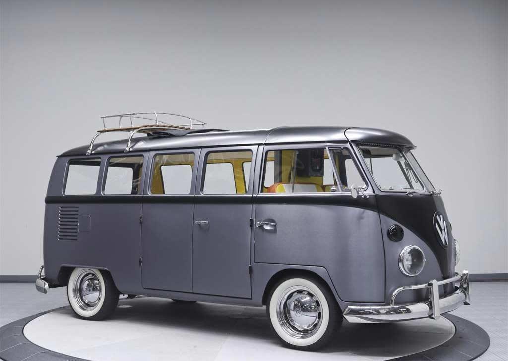 Dieser coole VW T1-Bulli fährt zurück in die Zukunft Back-To-The-Future-VW-T1-Bulli_12