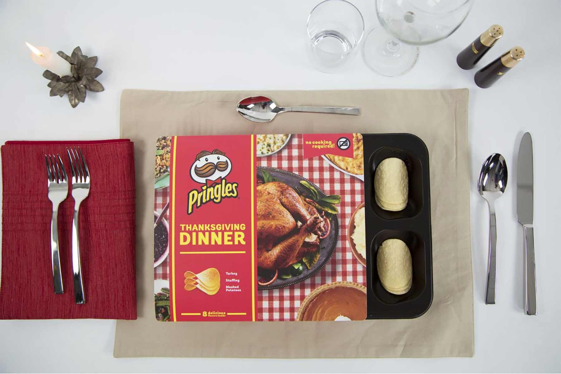 Pringles verkauft ein komplettes Thankgiving-Mahl aus Chips Pringles-thanksgiving-dinner_02