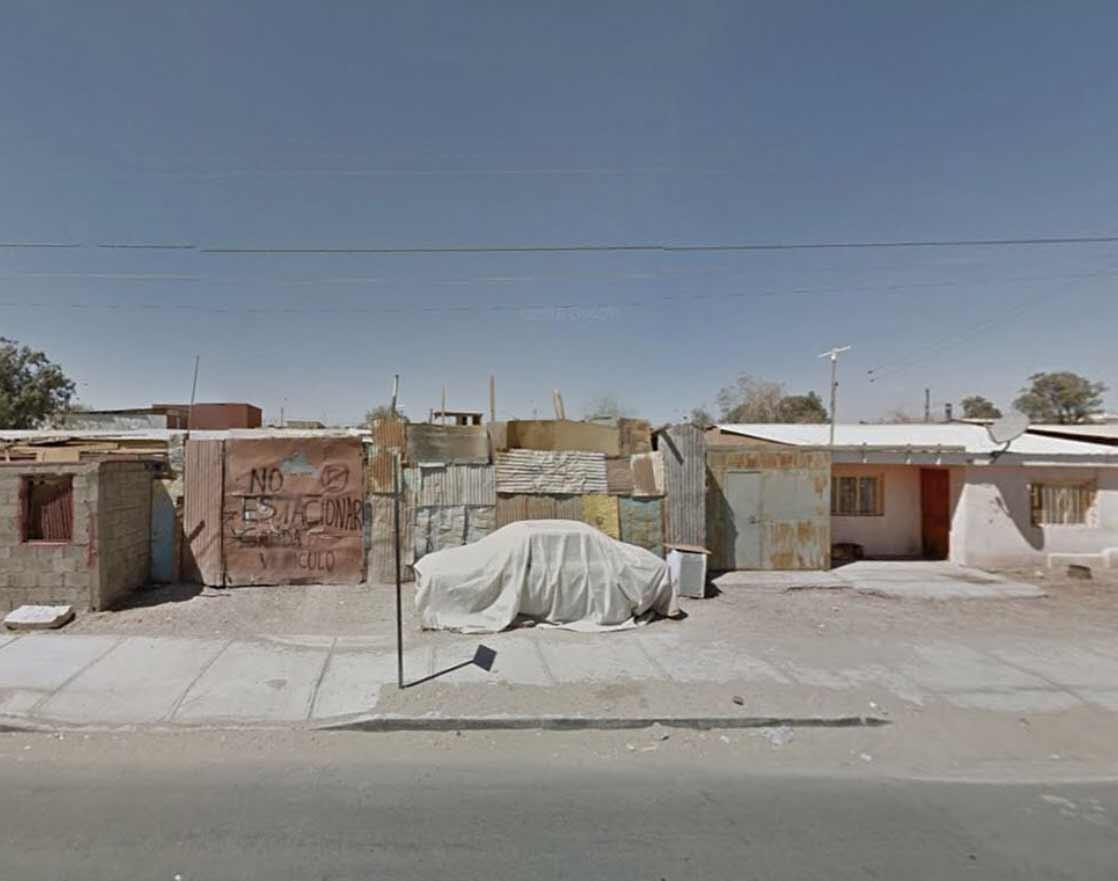 Frau traut sich nicht raus und bereist mit Street View die Welt The-Agoraphobic-Traveller_05