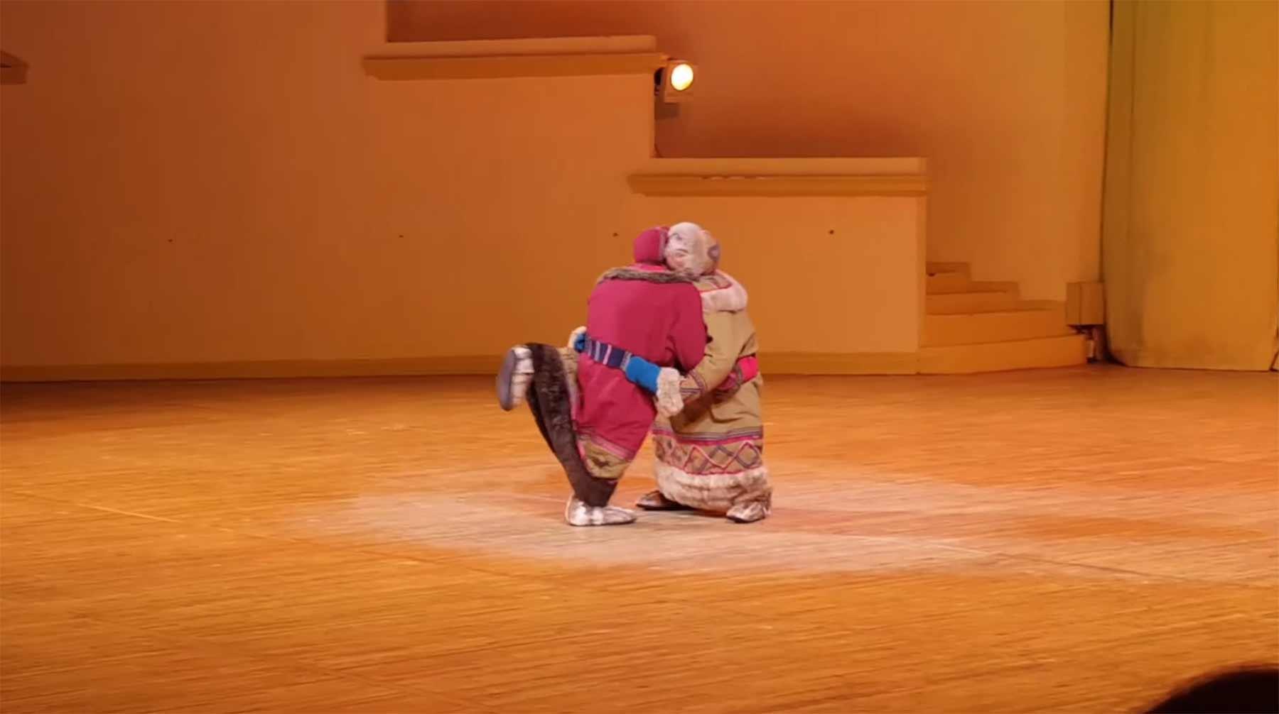 Balletttänzer kämpft mit sich selbst