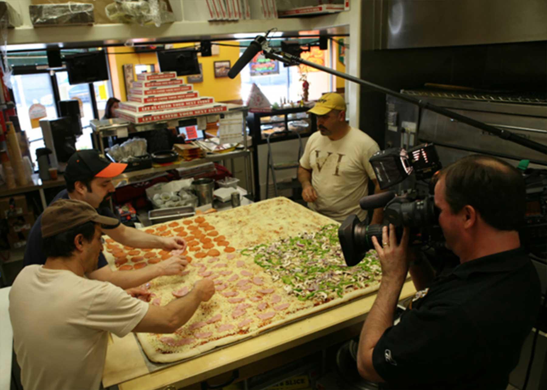 Die größte Lieferpizza der Welt big-mamas-groesste-lieferpizza-der-welt_03
