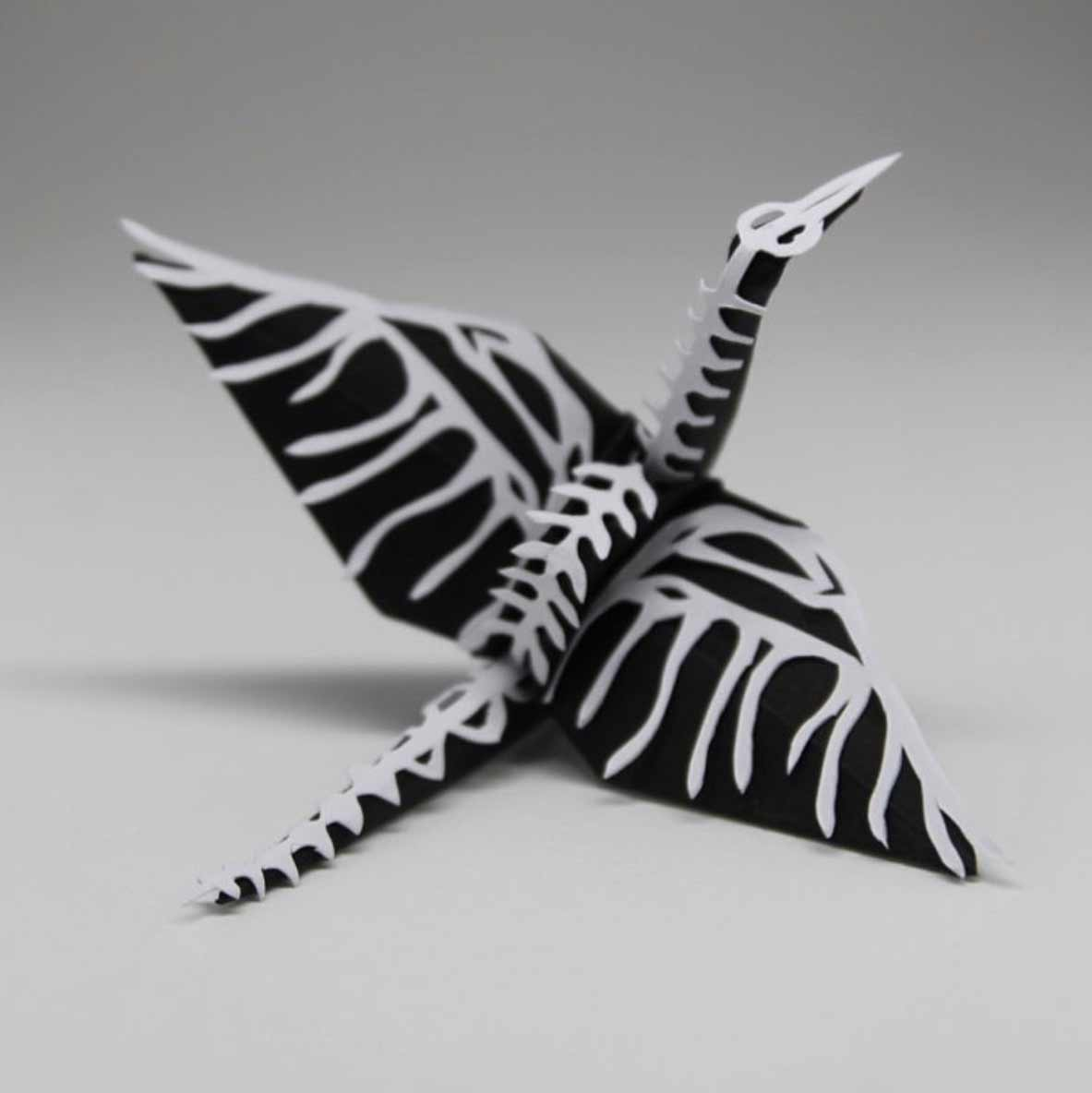 1.000 Origami-Kraniche Cristian-Marianciuc-origami-papierkraniche_05