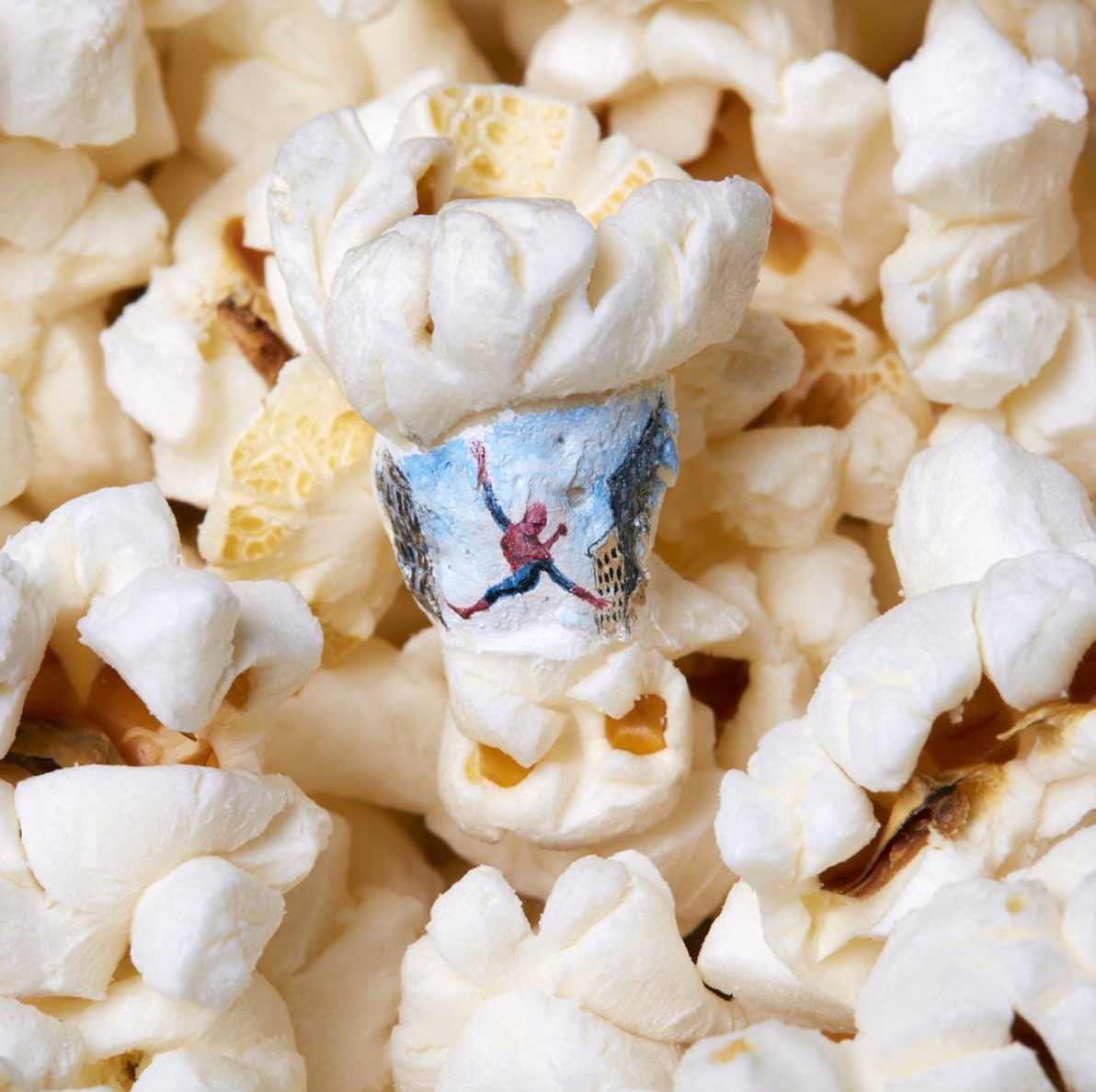 Filmmotive auf Popcorn gemalt Hasan-Kale-popcornmalerei_01
