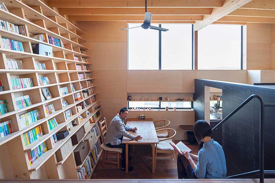 Besteigbares Stufenleiterbücherregal treppenbibliothek_02