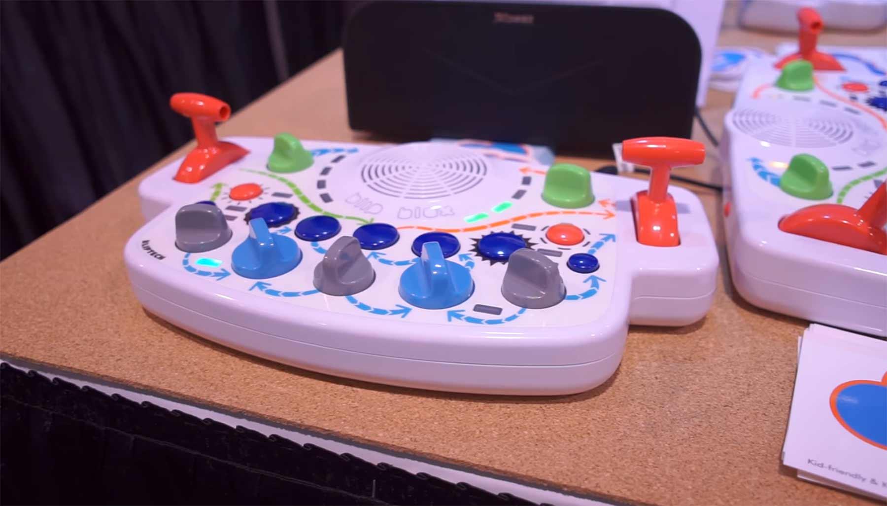 Blipblox ist ein Synthesizer für Kleinkinder