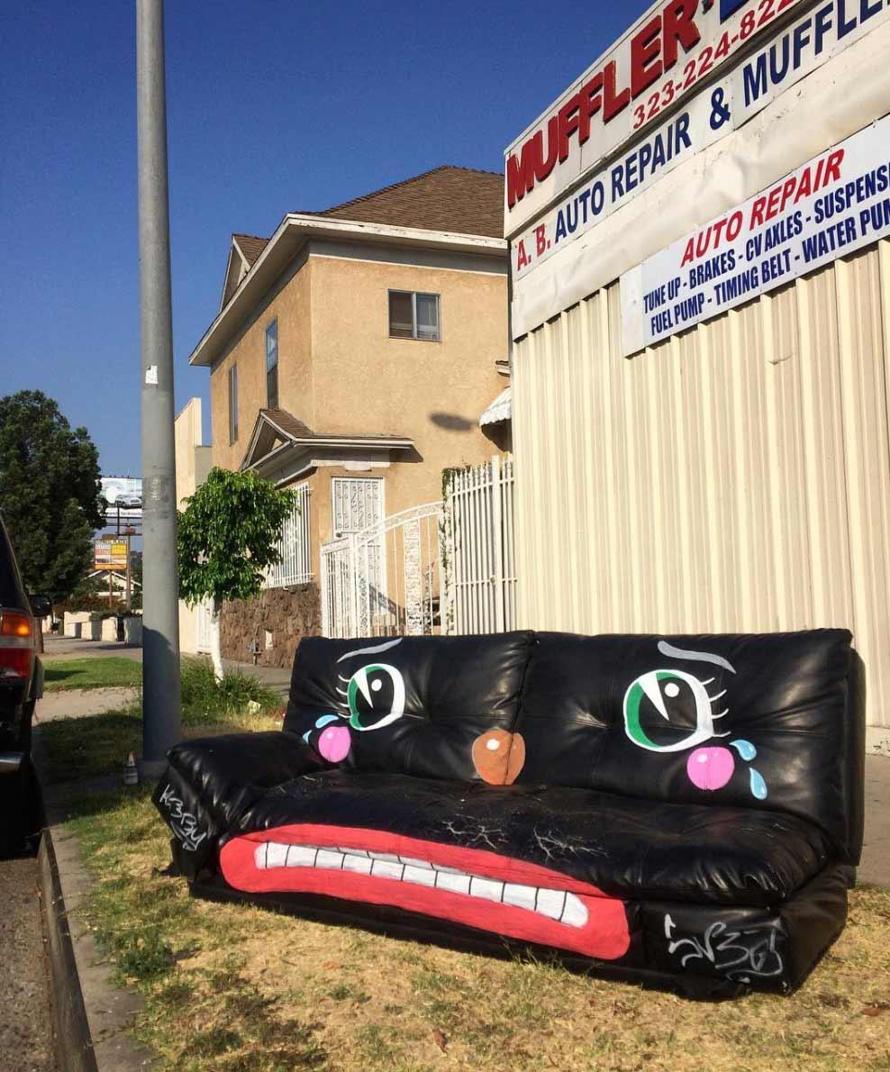 Trauriger Straßenmüll lonesome-town-clowngesichter_05