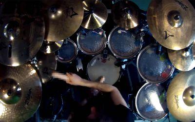 Enter Sandman Drum Cover mit Dildos
