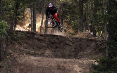 Mountainbike-Action mit Brandon Semenuk