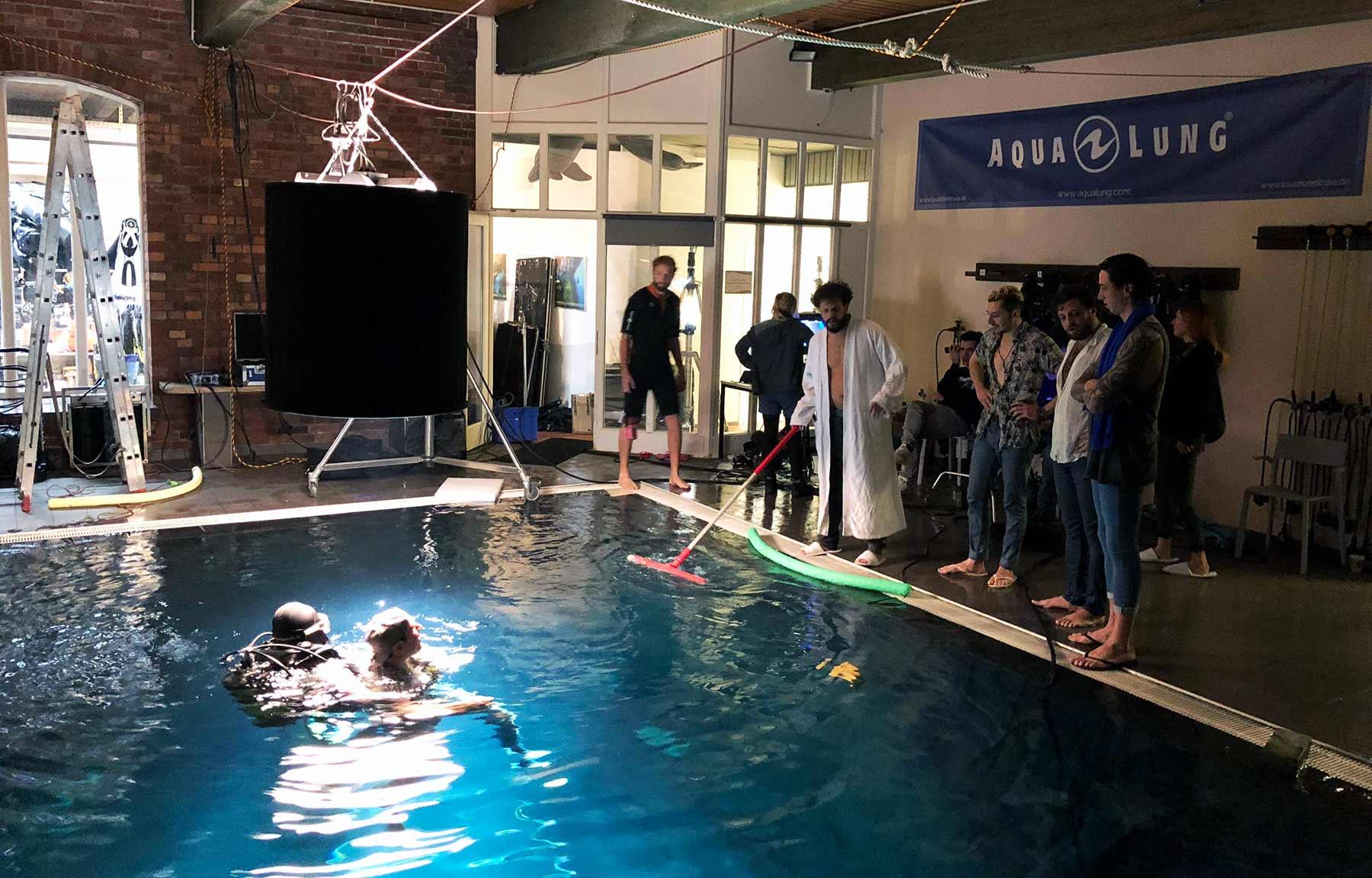 Ich war beim Unterwasser-Musikvideodreh von The Wholls The-Wholls-Videodreh-Going-Down_06