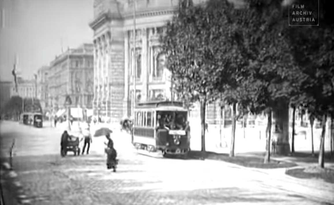 Mit der Tram durch das Wien von 1906 fahren