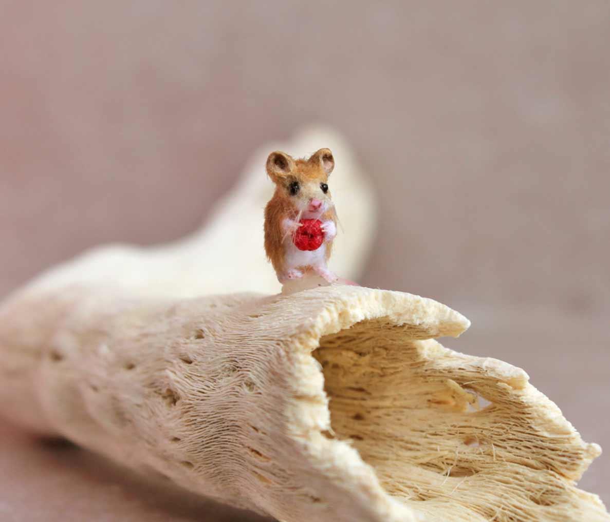 Die süßen Mini-Tierchen von Katie Doka Mezei Katie-Doka-Mezei-ooakminiatures_07