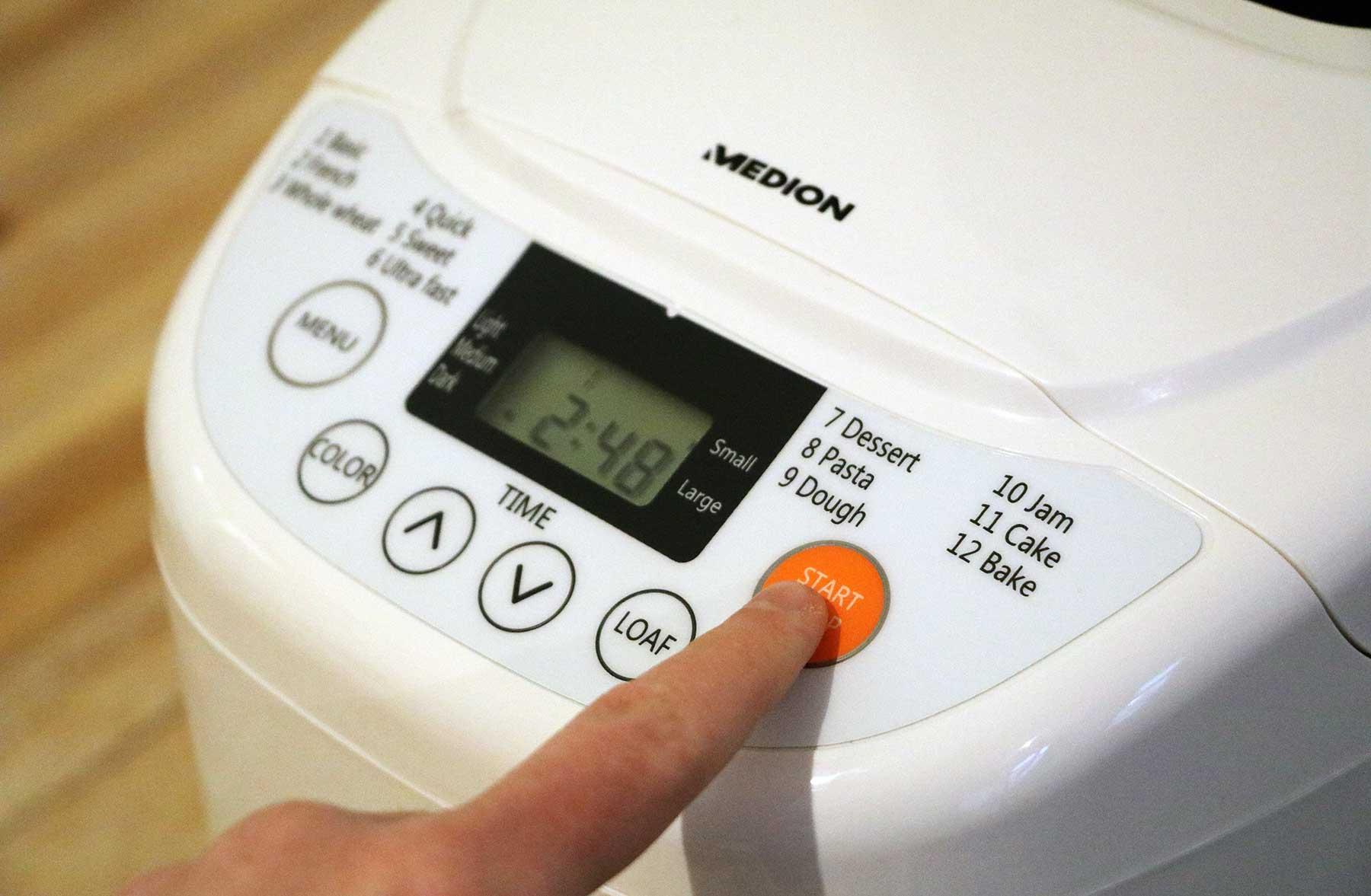 Verlosung & Test: MEDION Brotbackautomat MD 14752 Medion-Brotbackautomat-Test_03