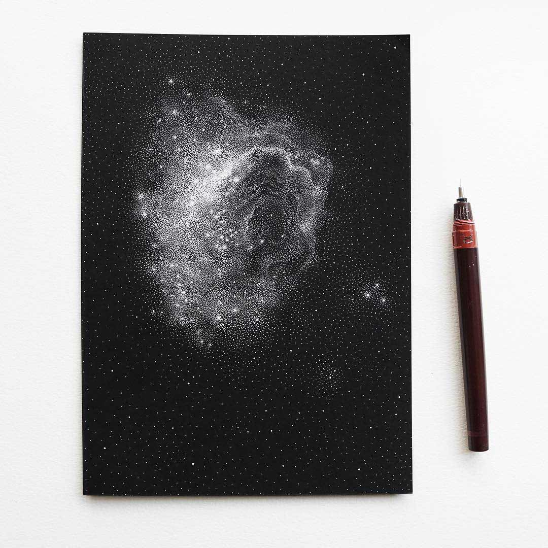 Galaxien aus tausenden weißen Punkten Petra-Kostova-pet-and-dot_03