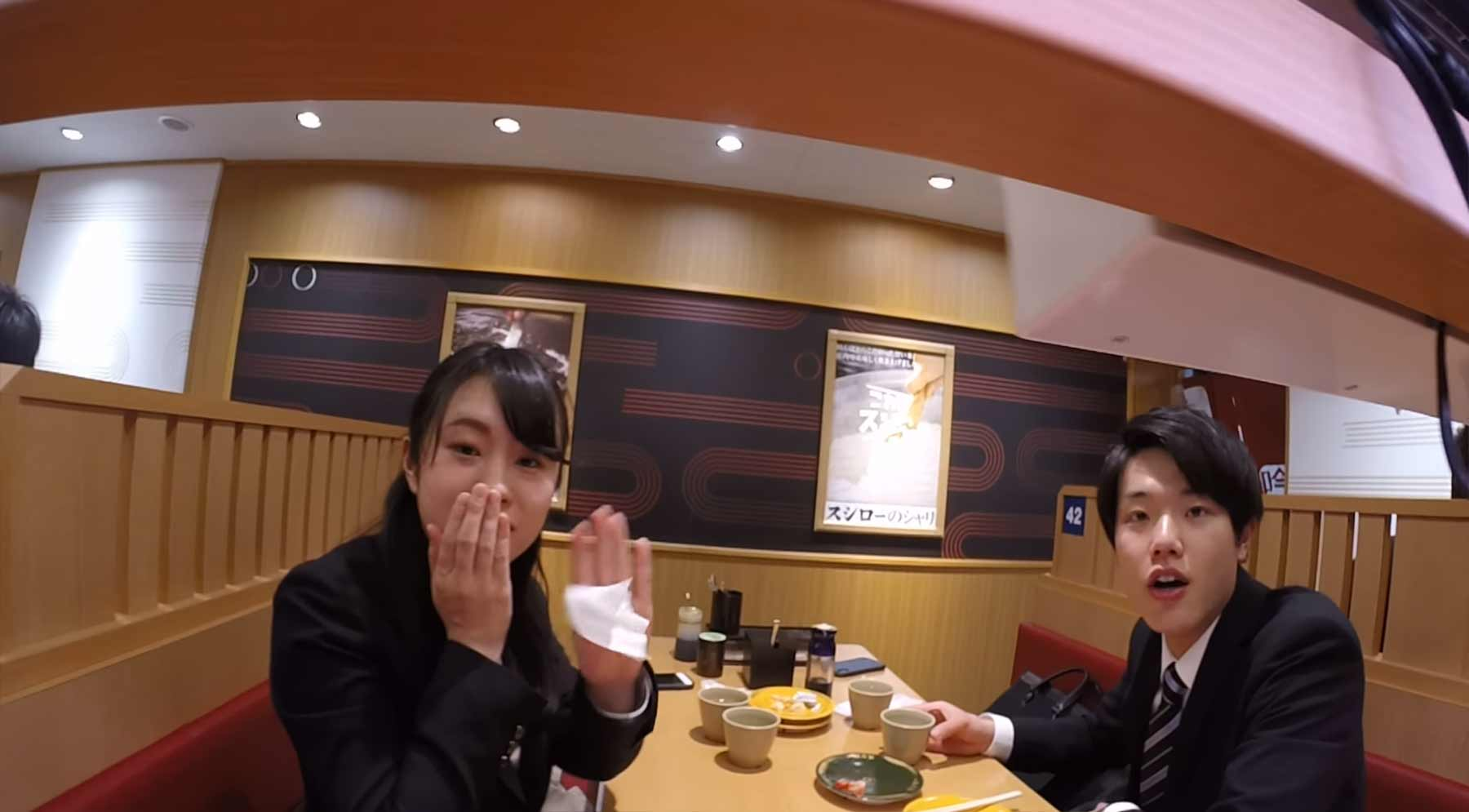 GoPro fährt eine Runde auf dem Sushi-Band mit