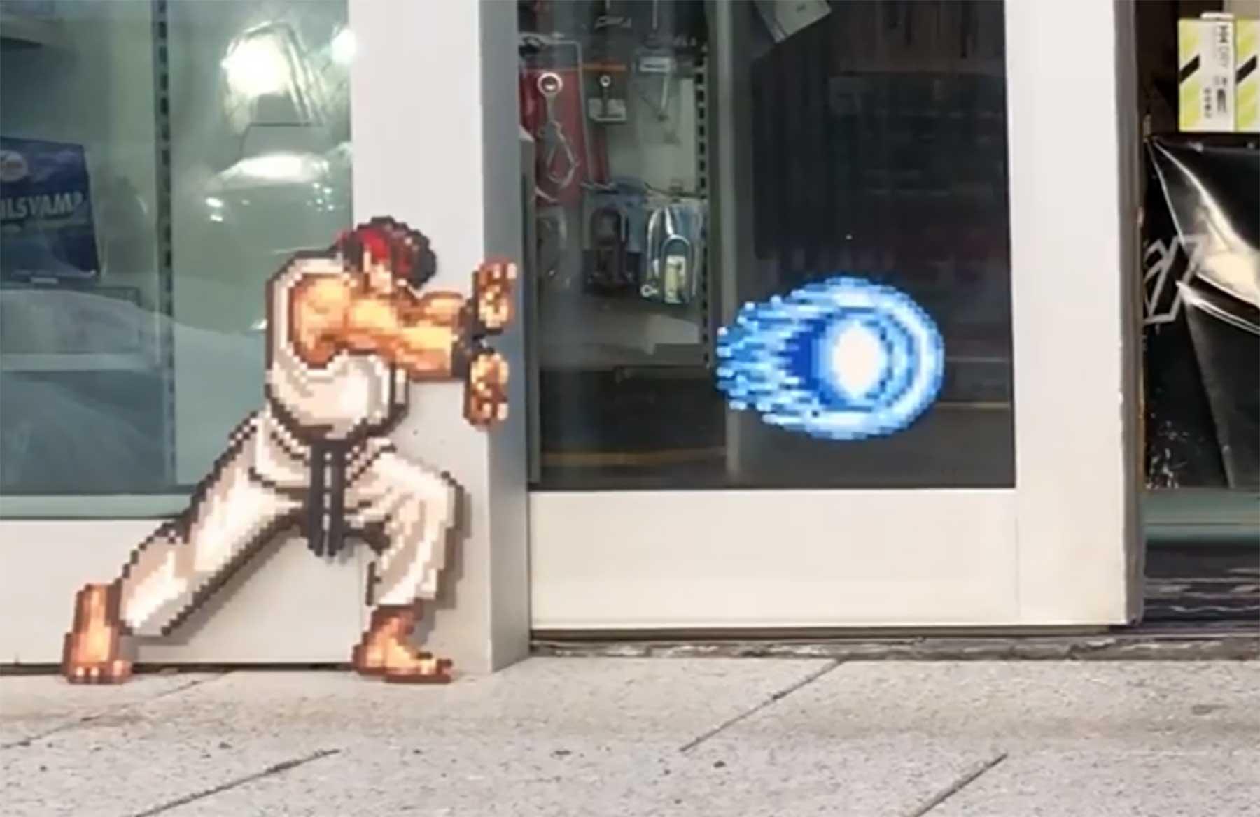 Bügelperlen-Animation dank automatischer Türen pappas-paerlor-street-art
