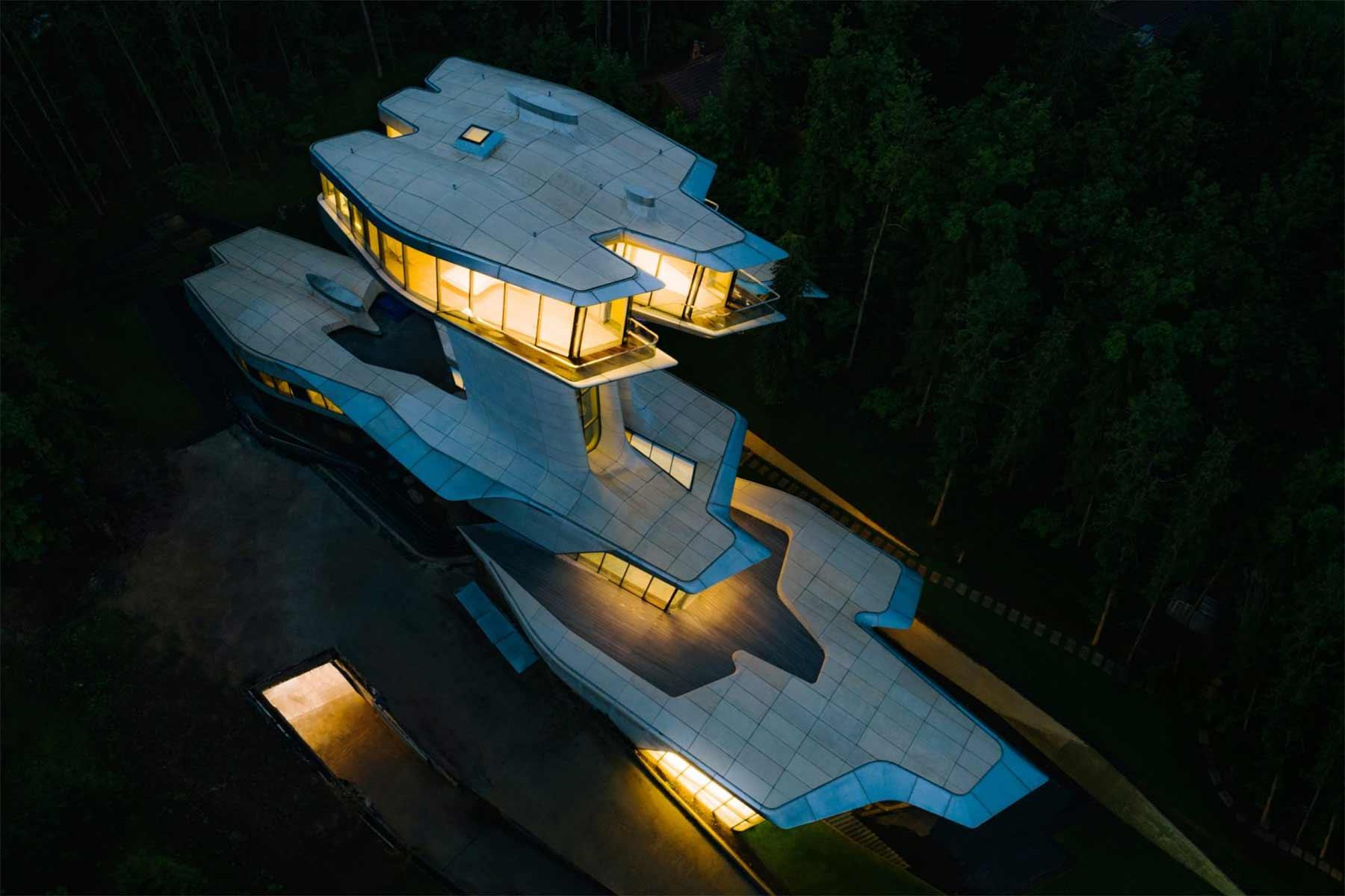 Ein Haus wie ein Raumschiff Capital-Hill-Residence-Zaha-Hadid_01