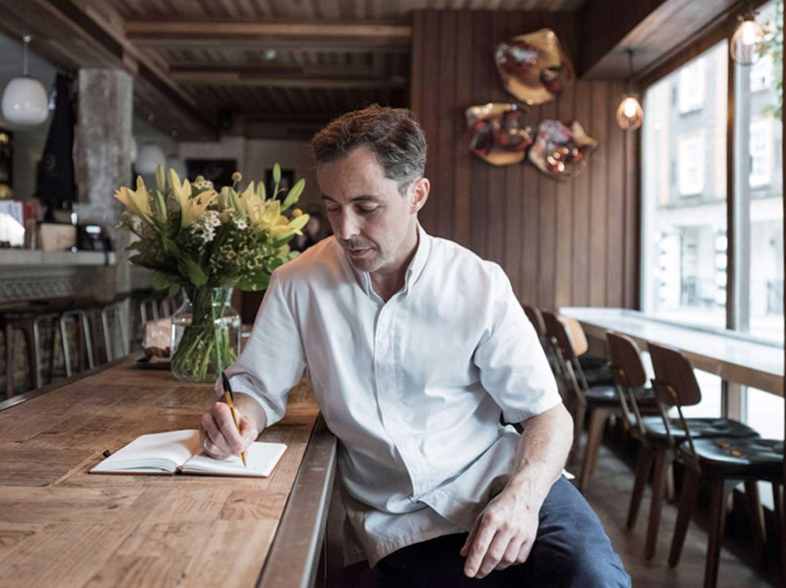 Notizbuch mit Seiten aus Stein chefs-notebook_03