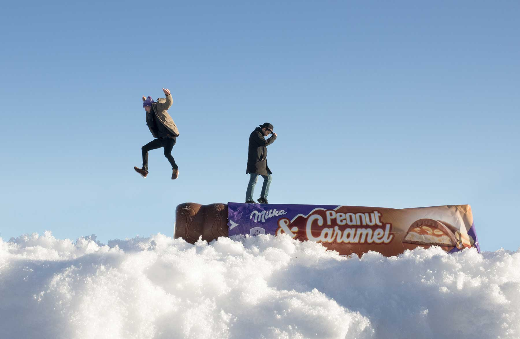 Coole Video-Zaubertricks mit Andreas Wellinger und Arman! milka-riegeloaded-peanut-and-caramel_01