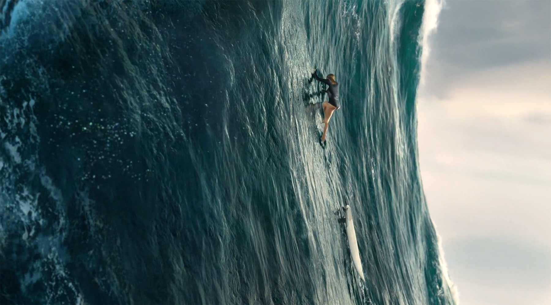 Eine gigantische Surf-Welle wie eine Bergwand erklimmen no7-the-wave-surfen-welle-Lisa-Andersen
