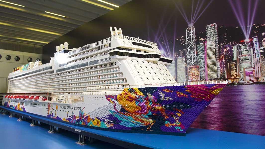 Das weltgrößte Kreuzfahrtschiff aus LEGO