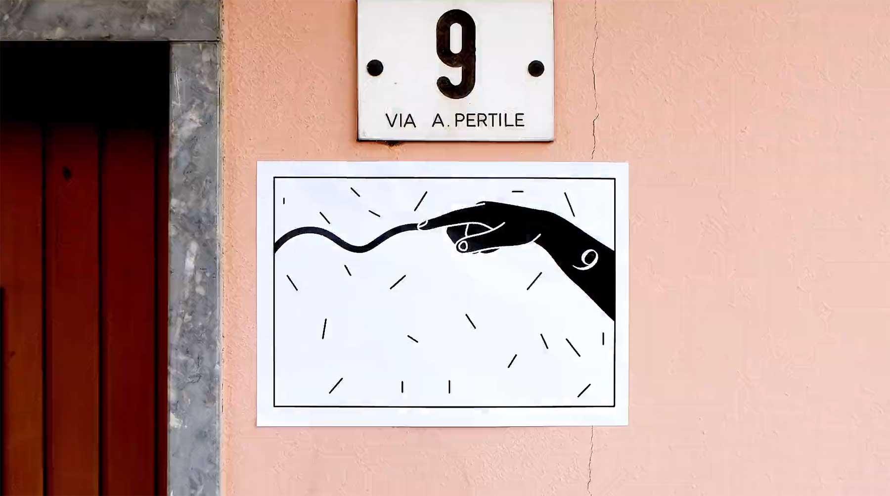 Stopmotion-Geschichte aus an Wände geklebten Zetteln APERTURE-stopmotion