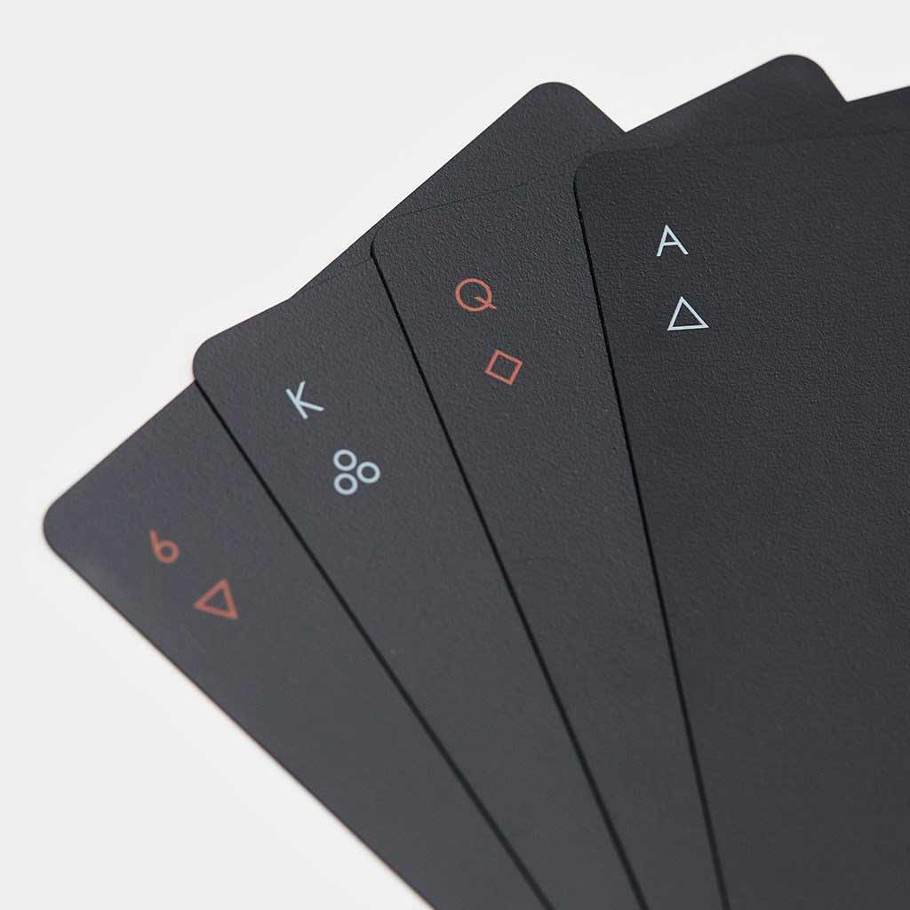 Minimalistisches Kartendeck MINIM-PLAYING-CARDS_01