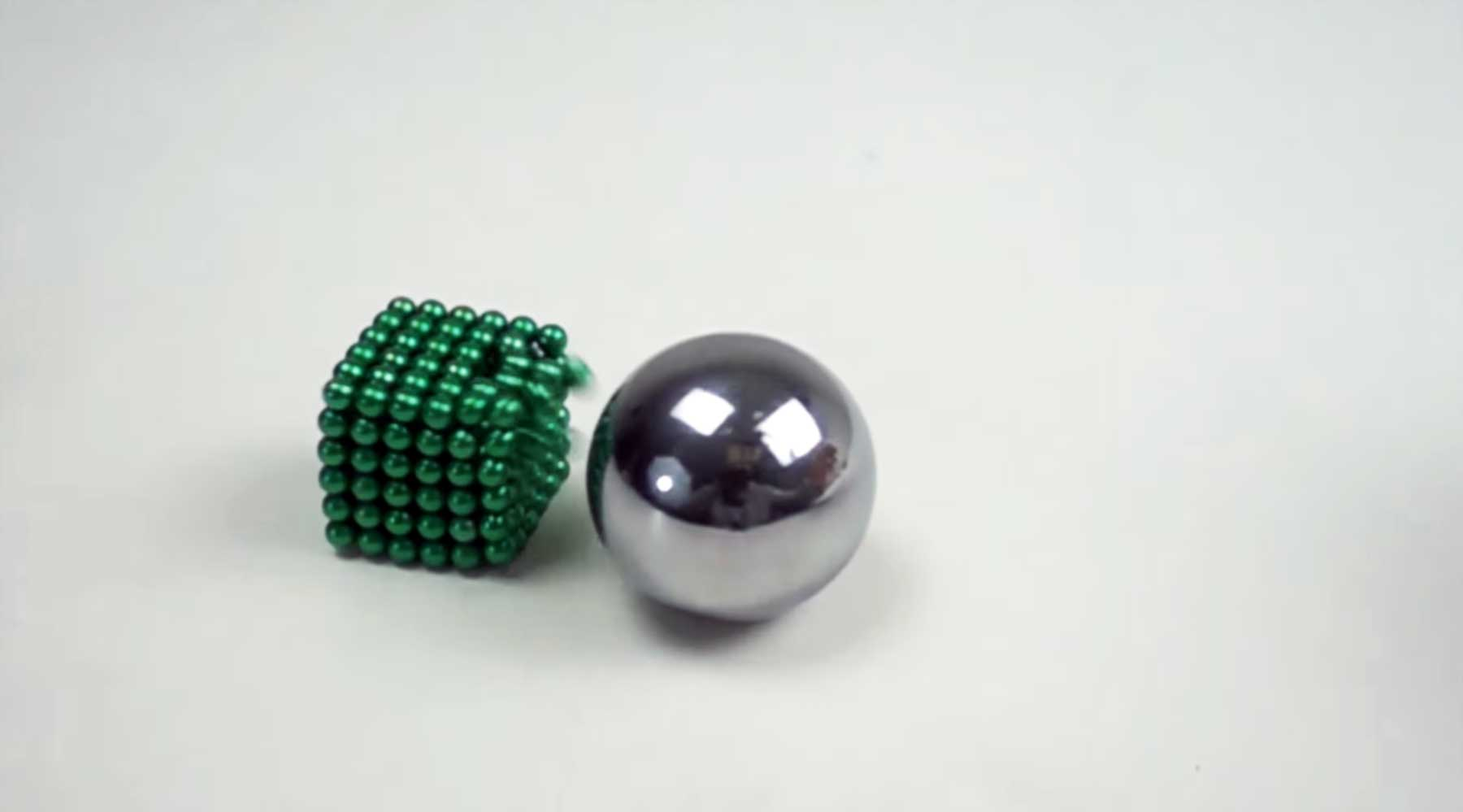 Magnit-Kollisionen in Superzeitlupe magnetkollisionen-in-superzeitlupe