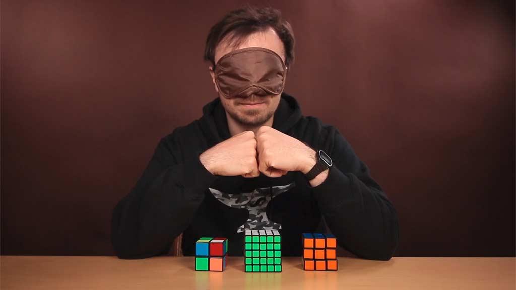 Mike Boyd lernt, blind einen Rubik's Cube zu lösen