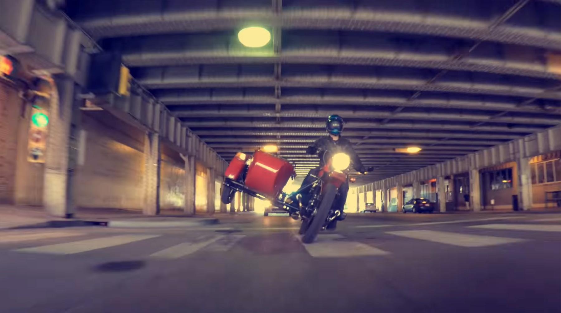 Wie man ein Motorrad mit Beiwagen fährt