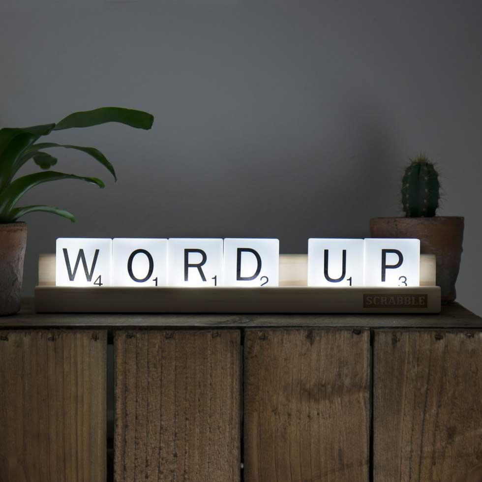 Scrabble-Lampe