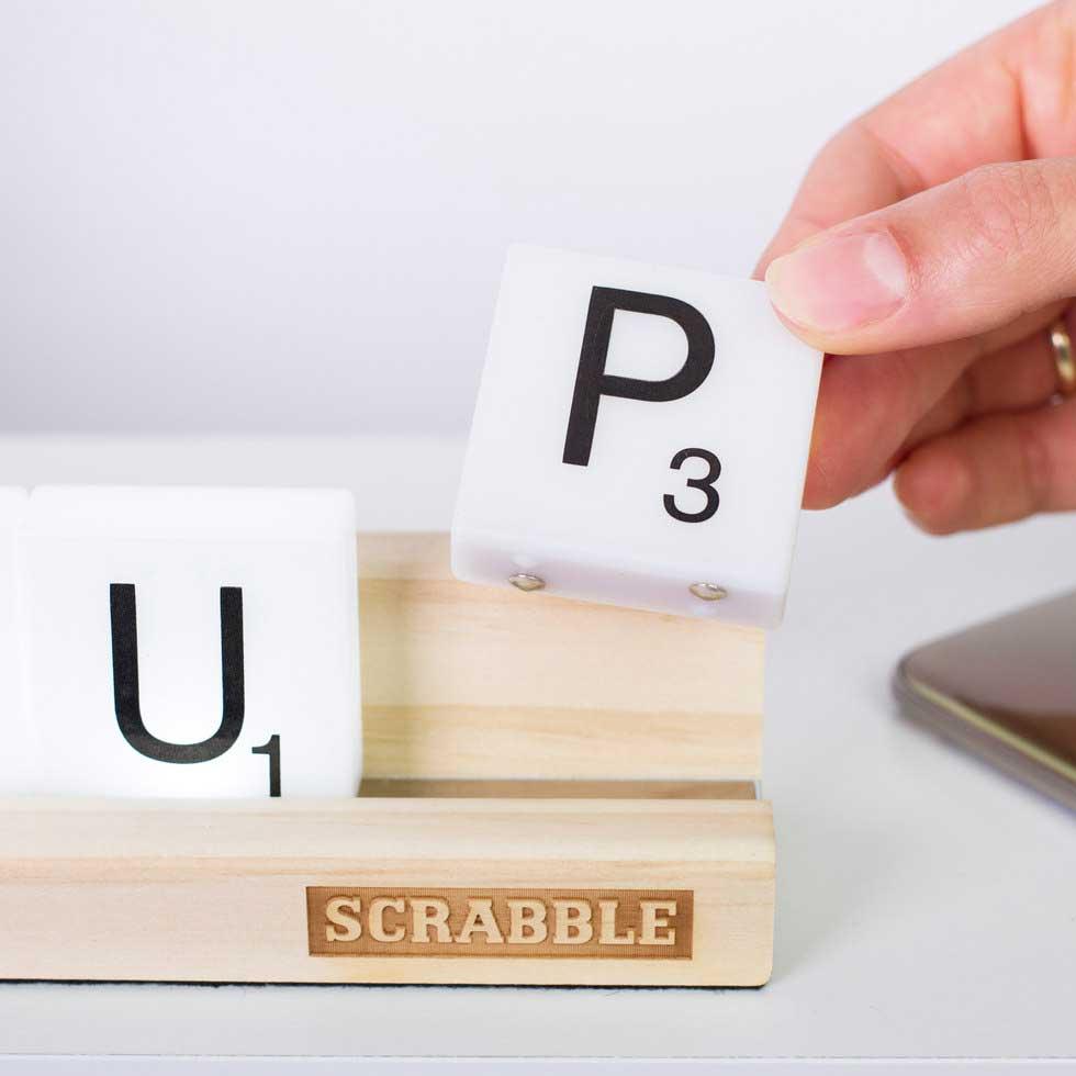 Scrabble-Lampe Scrabble-lampe_02
