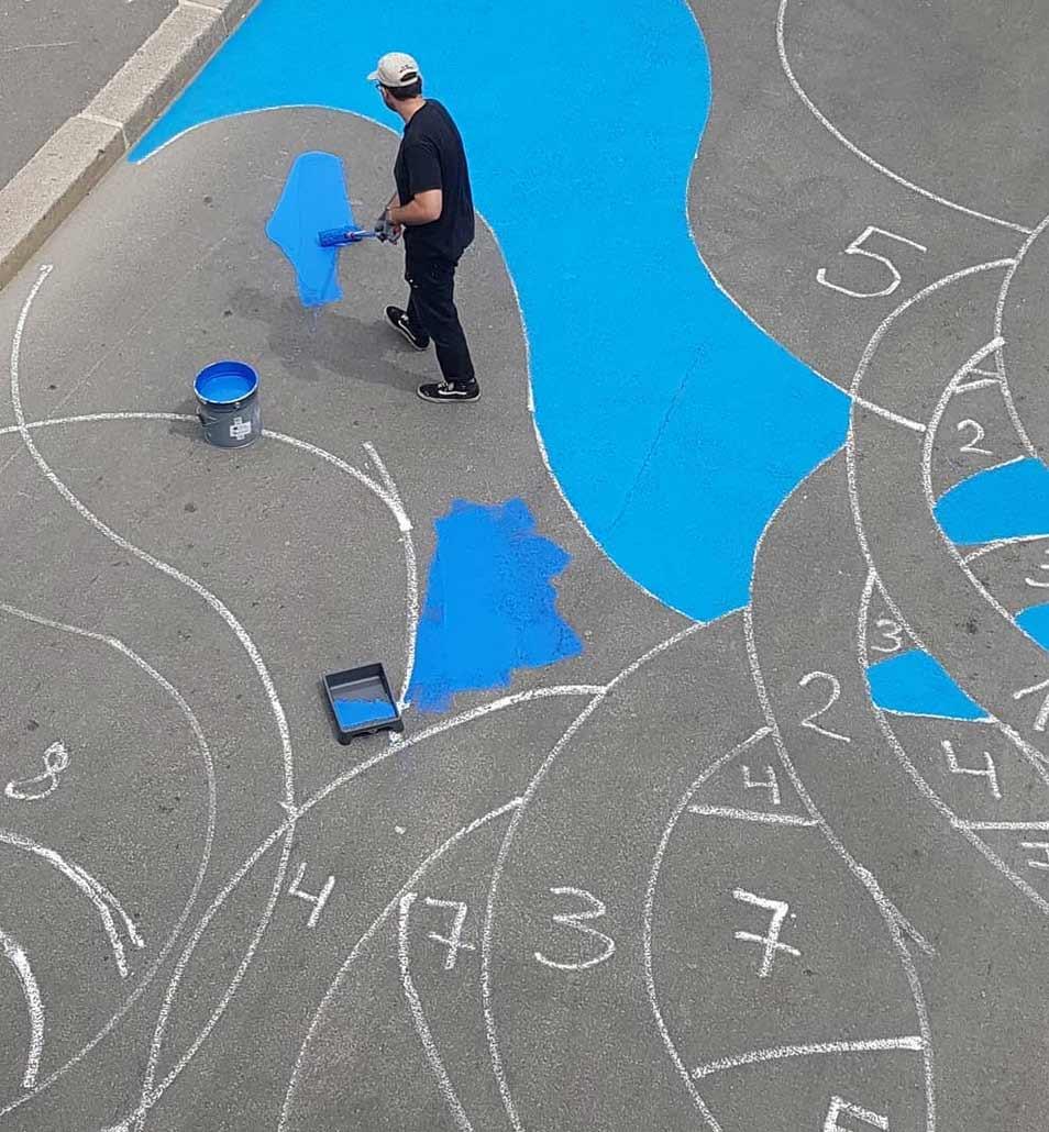 18.000 Quadratmeter großes 3D-Loch im Boden Stream-street-art-1010_02