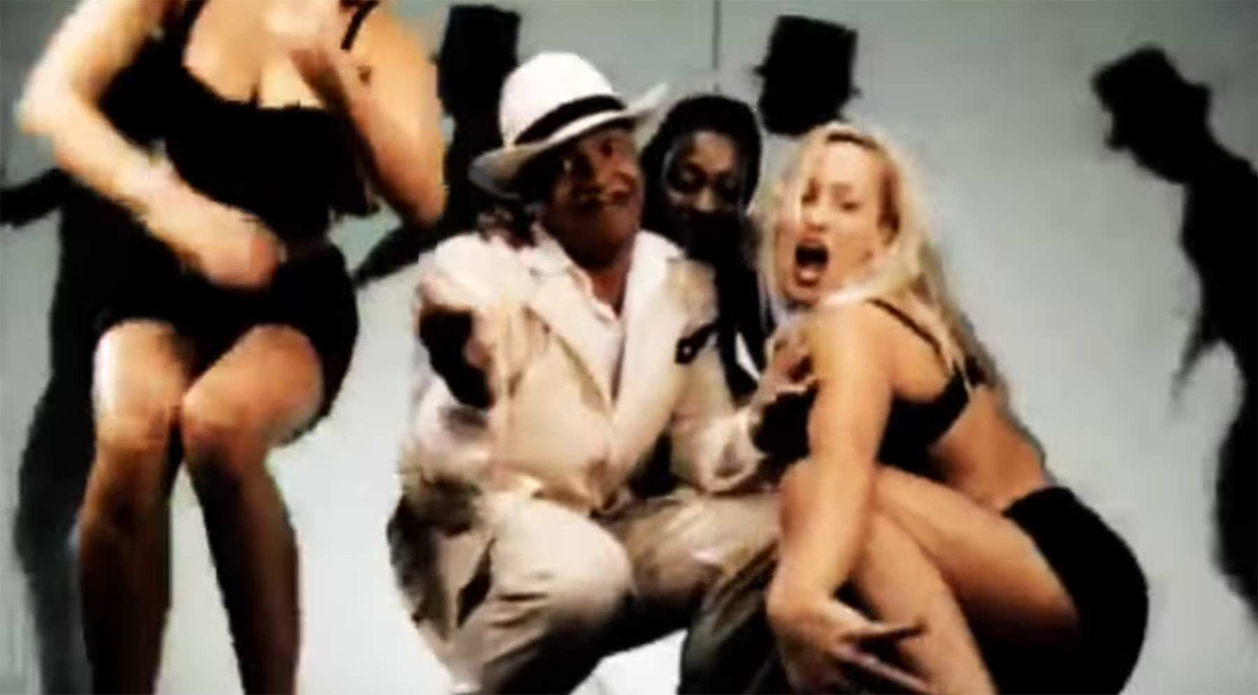 Mashup: Lou Bega x Green Day dj-cummerbund-holiday-no-5