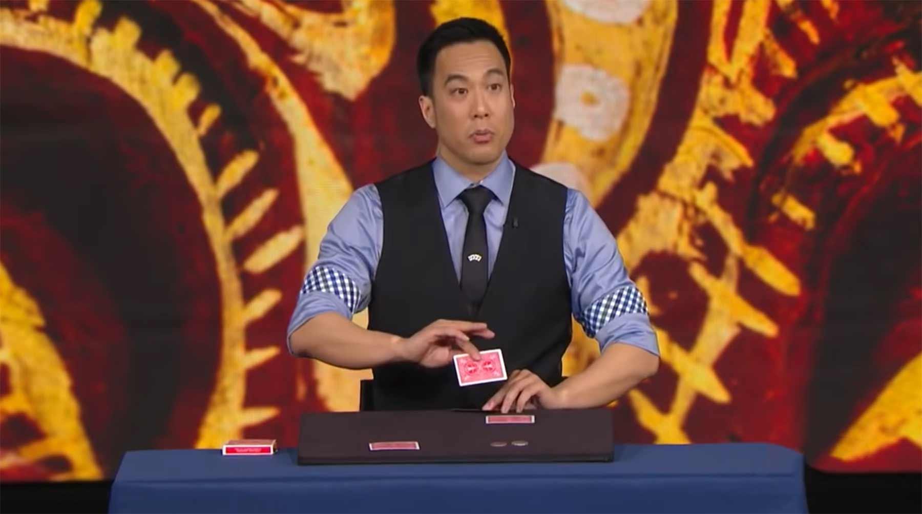 Ryan Hayashis unglaublicher Münzen-Trick Ryan-Hayashi-FOOLS-Penn-and-Teller-IMPOSSIBLE-Coin-Magic-Trick